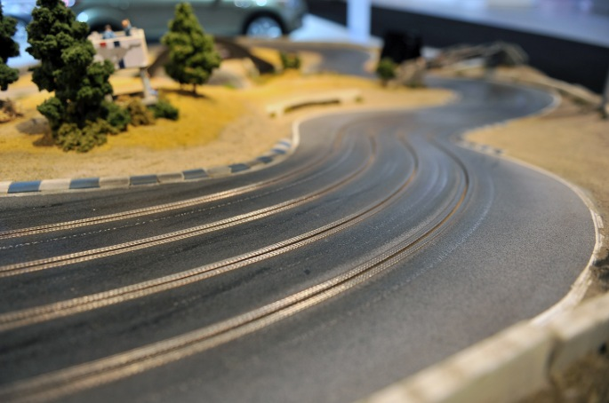 42-ford-mustang-slot-car-track